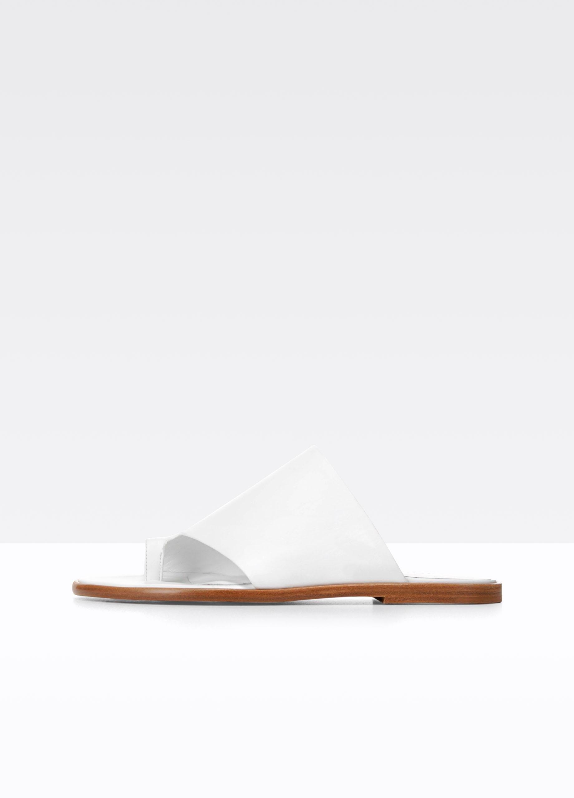 cbea8c68235 Lyst - Vince Edris Leather Sandals in White
