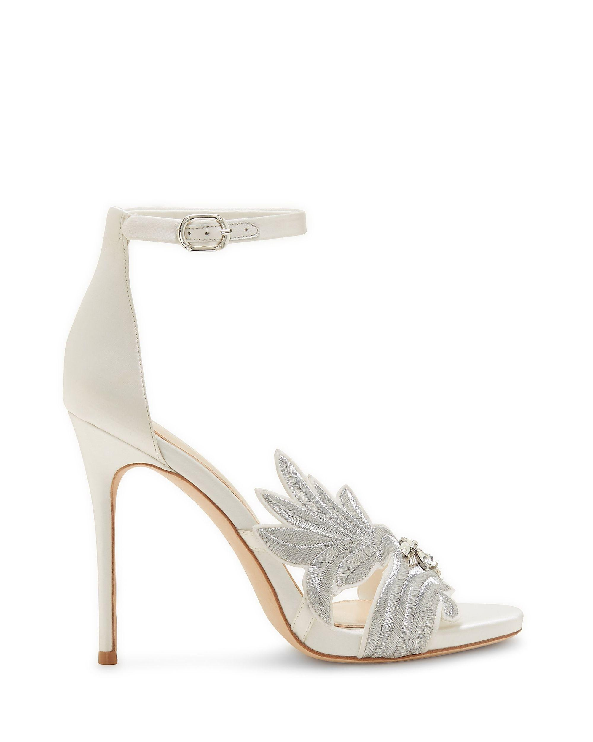 f3e96b8570c2 Lyst - Vince Camuto Imagine Dayanara – Embroidered Sandal in White ...