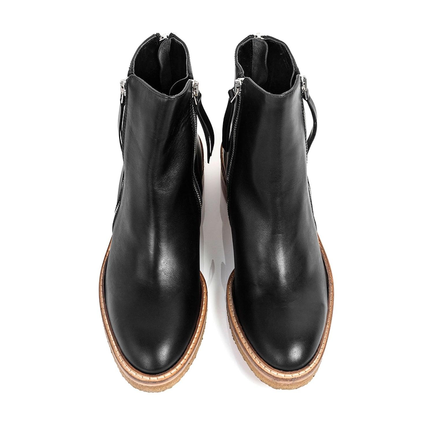 How To Prevent Leather Shoes From Cracking