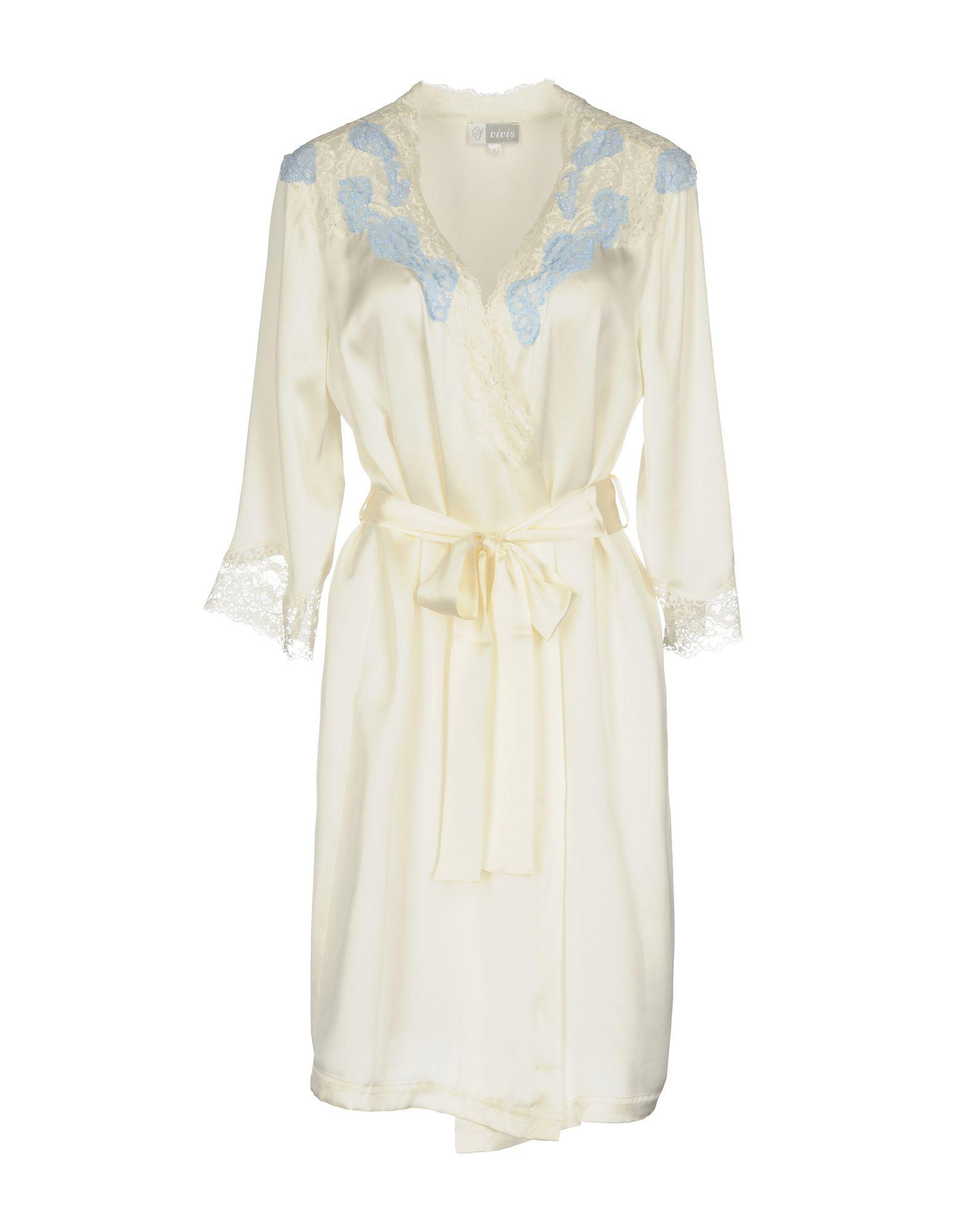 5d558833f3 Lyst - Vivis Dressing Gown in White