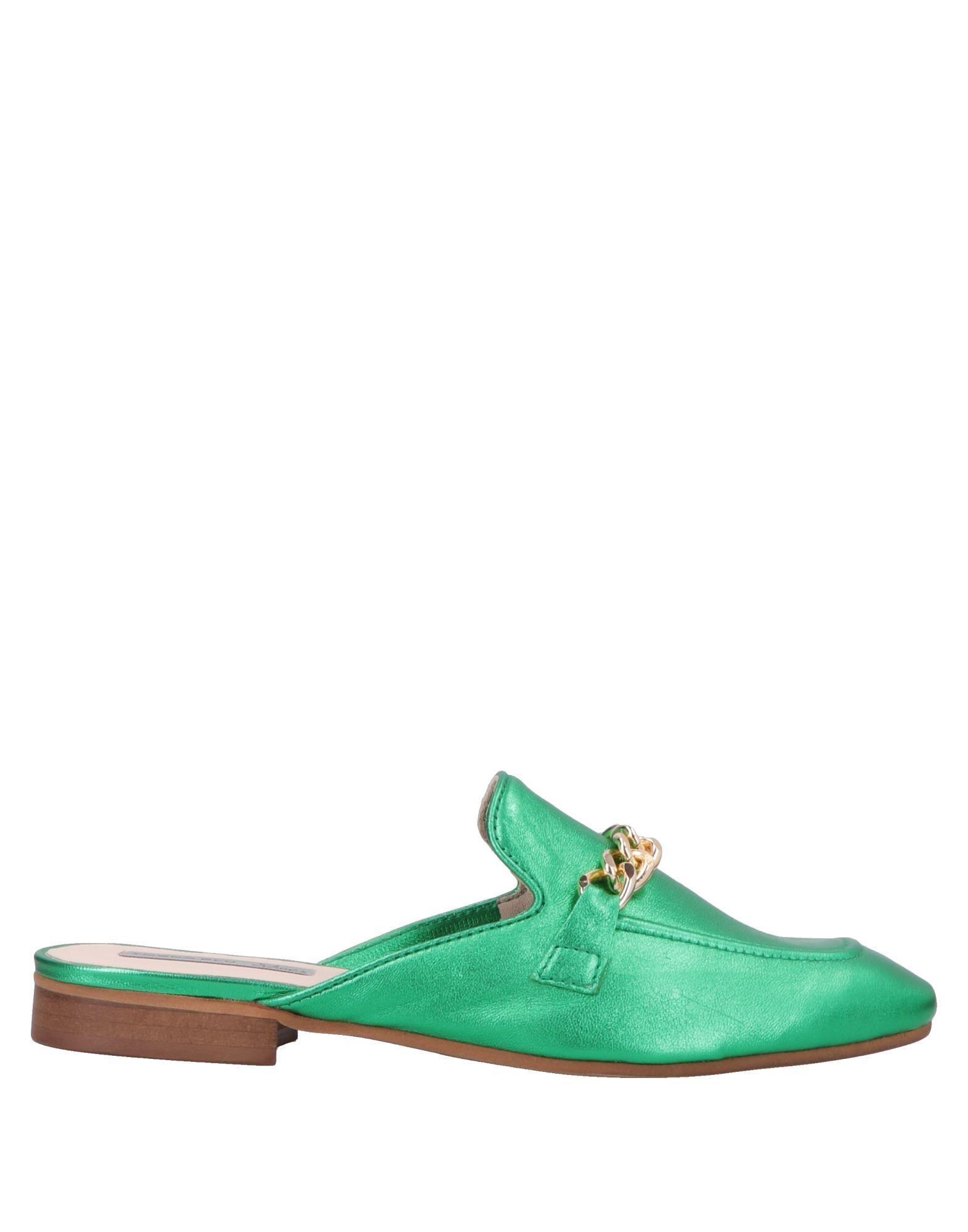 e14866e1df2af Tosca Blu Mules in Green - Lyst