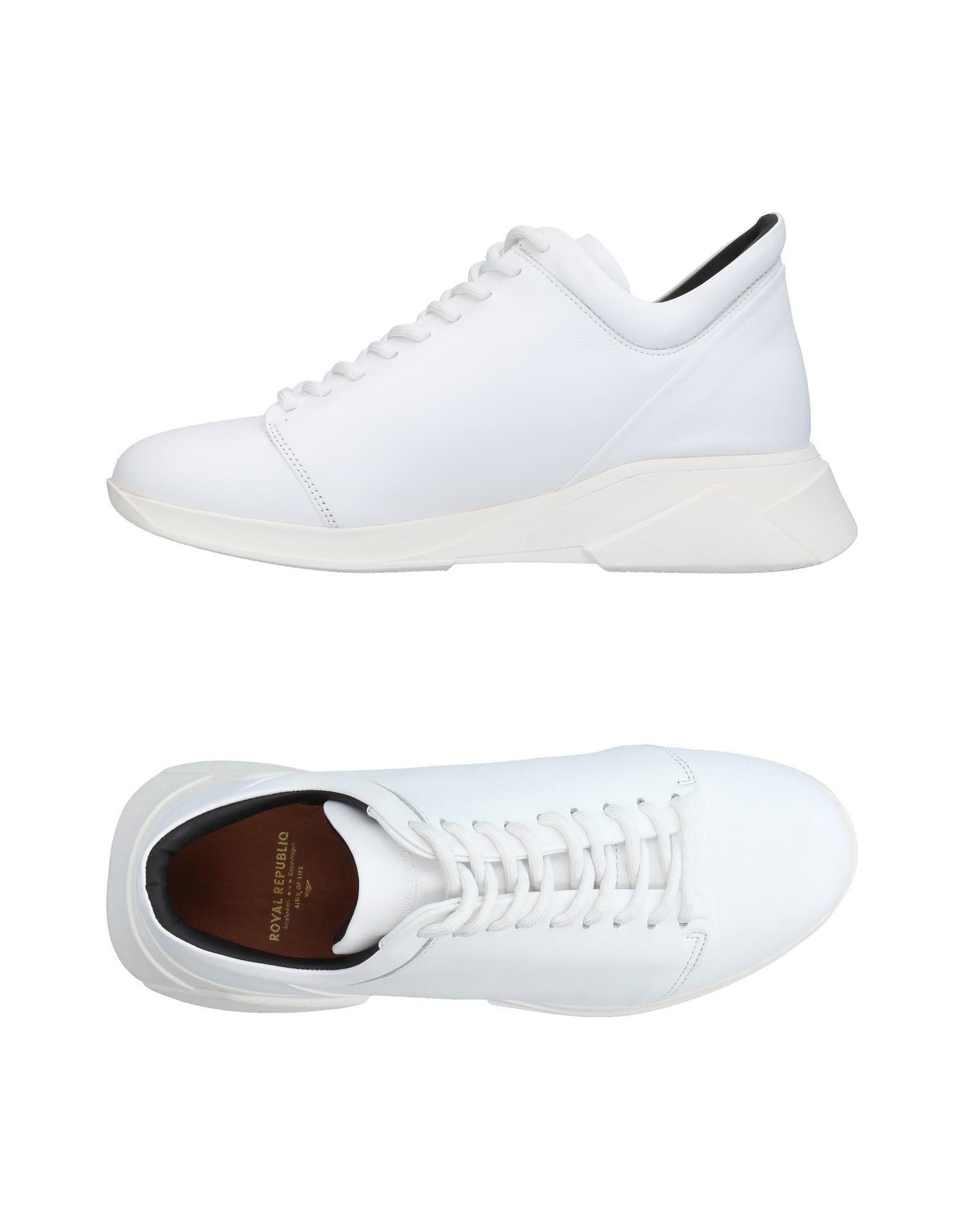 FOOTWEAR - Low-tops & sneakers Royal Republiq AYXiM1jLC2