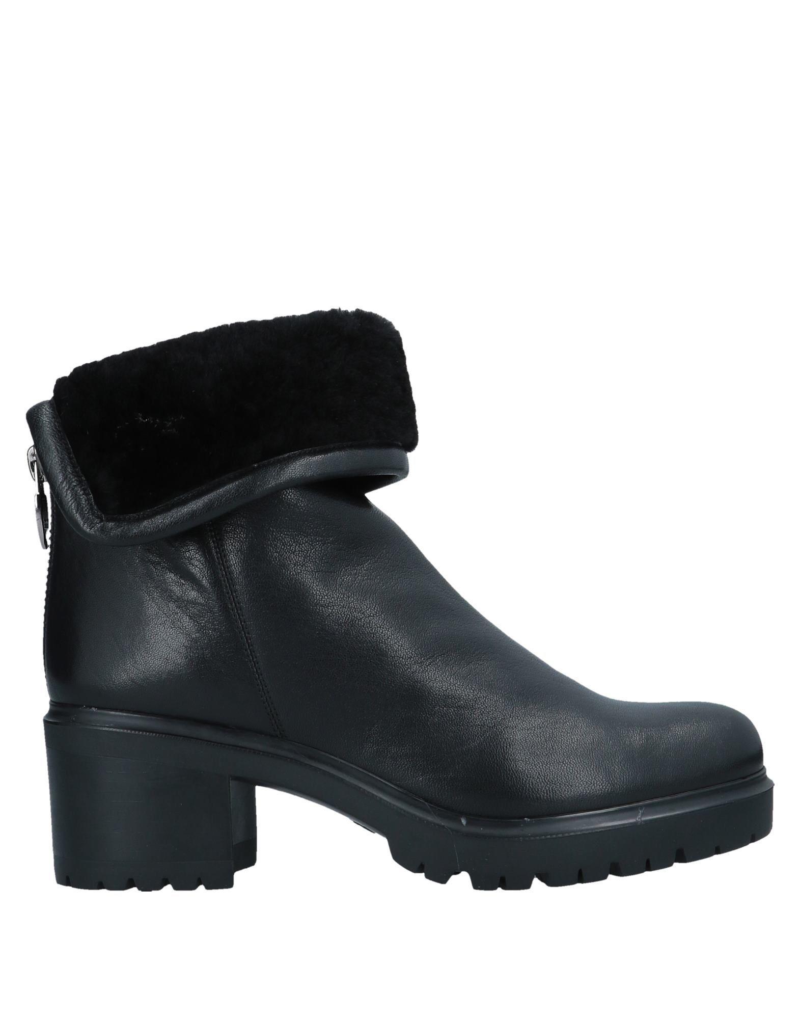 b2aa830a4d2 Loriblu - Black Ankle Boots - Lyst. View fullscreen