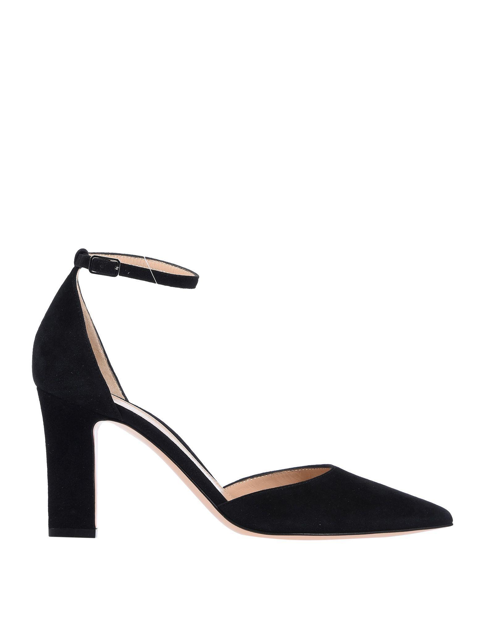 e9c5e03d5436 Lyst - Gianvito Rossi Sandals in Black