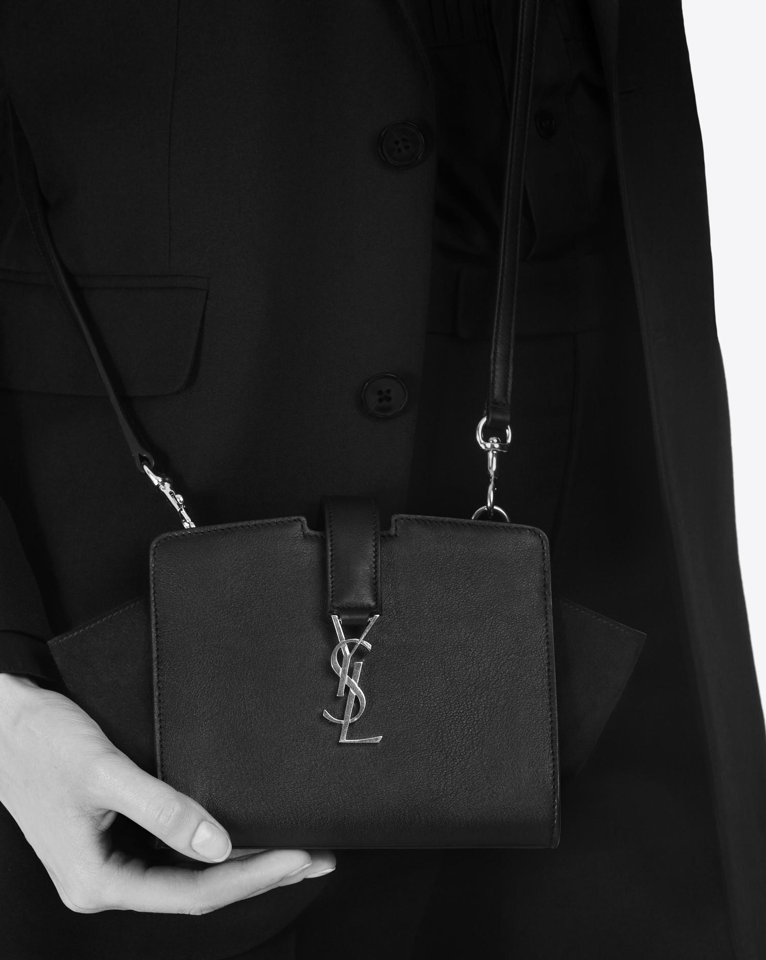 b0efe4d066 Gallery. Women s Saint Laurent Cabas Women s Velvet Shoulder Bags ...