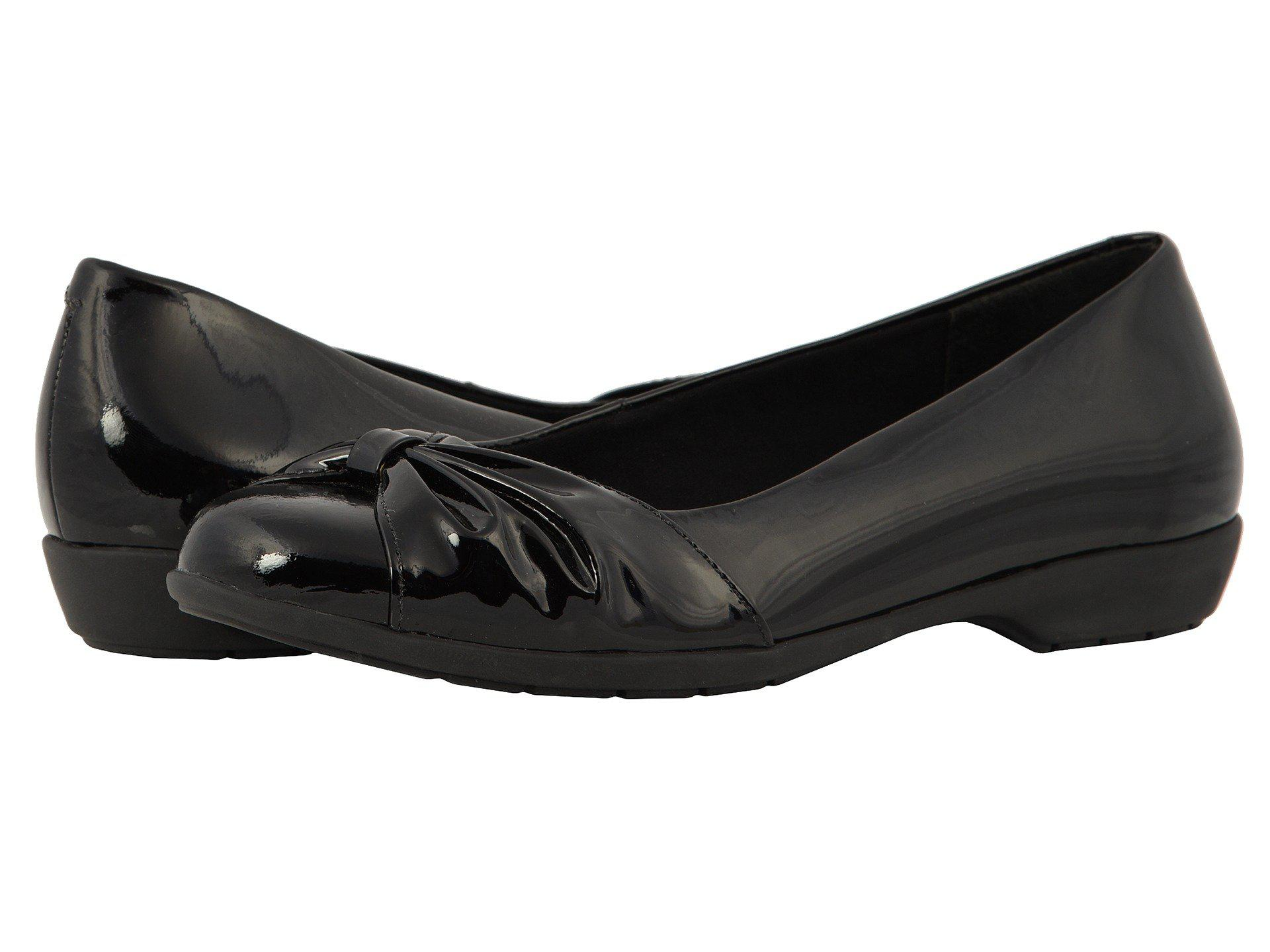 c0d3d822f1 Lyst - Walking Cradles Fall (black Patent Leather) Women's Shoes in ...