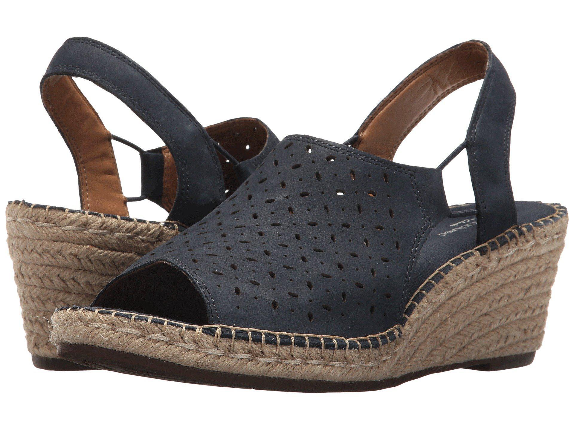 d99d6657769 Lyst - Clarks Petrina Gail (gold Metallic Leather) Women s Shoes in Blue