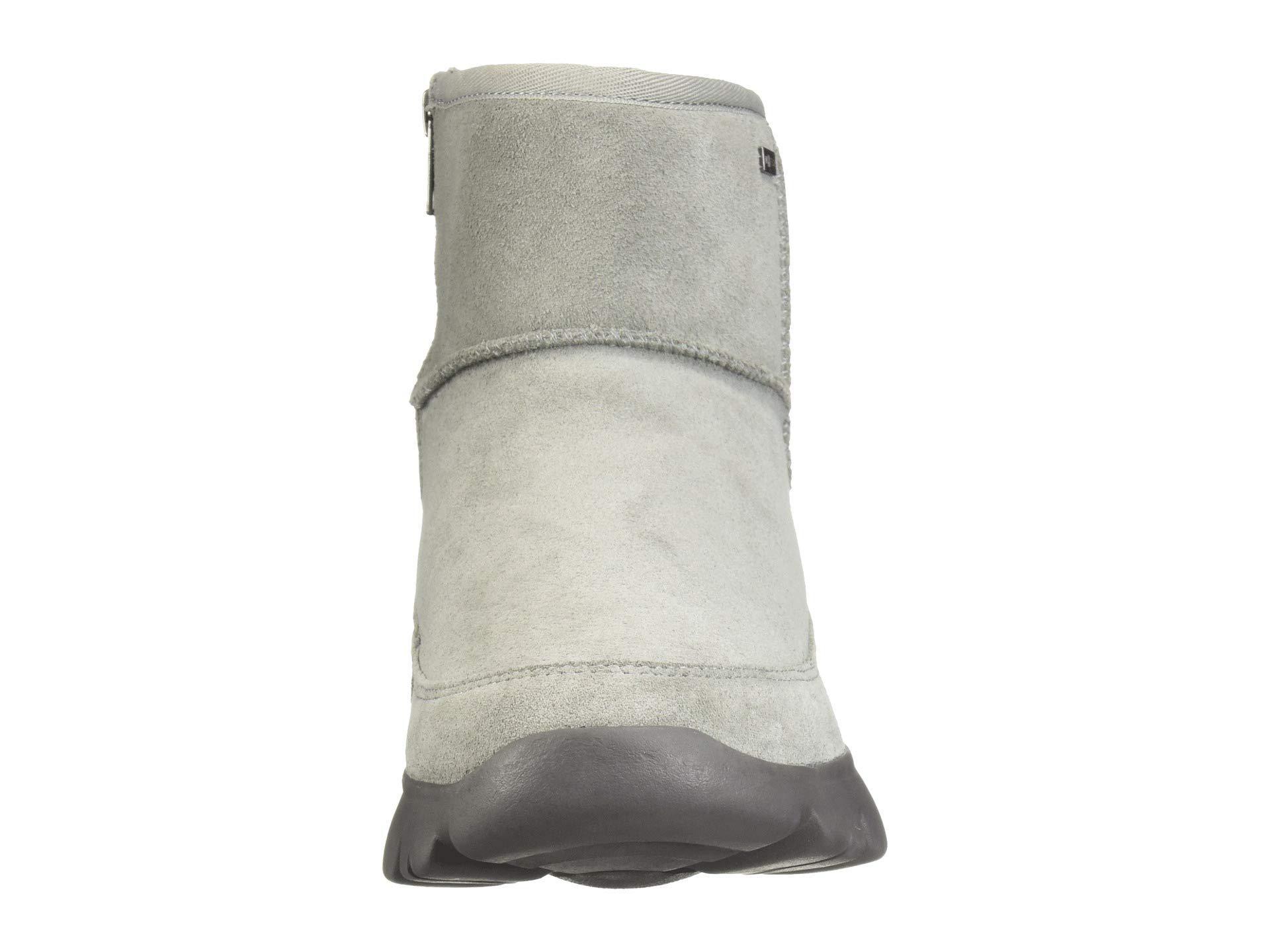 b15e9e84cf5 Ugg Gray Palomar Sneaker (black/charcoal) Women's Slip On Shoes