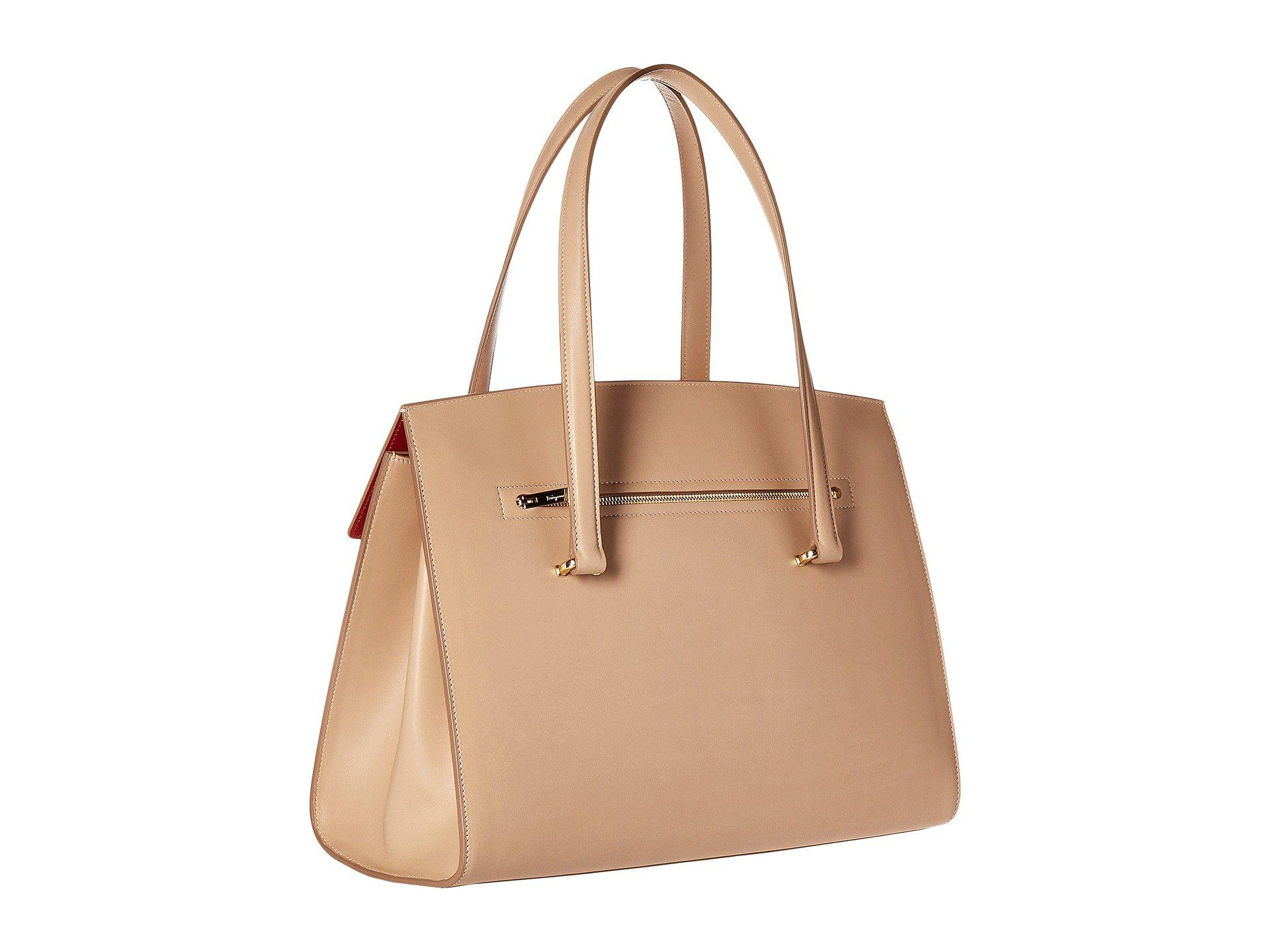 954dda05a42 Lyst - Ferragamo 21f818 Mara in Natural