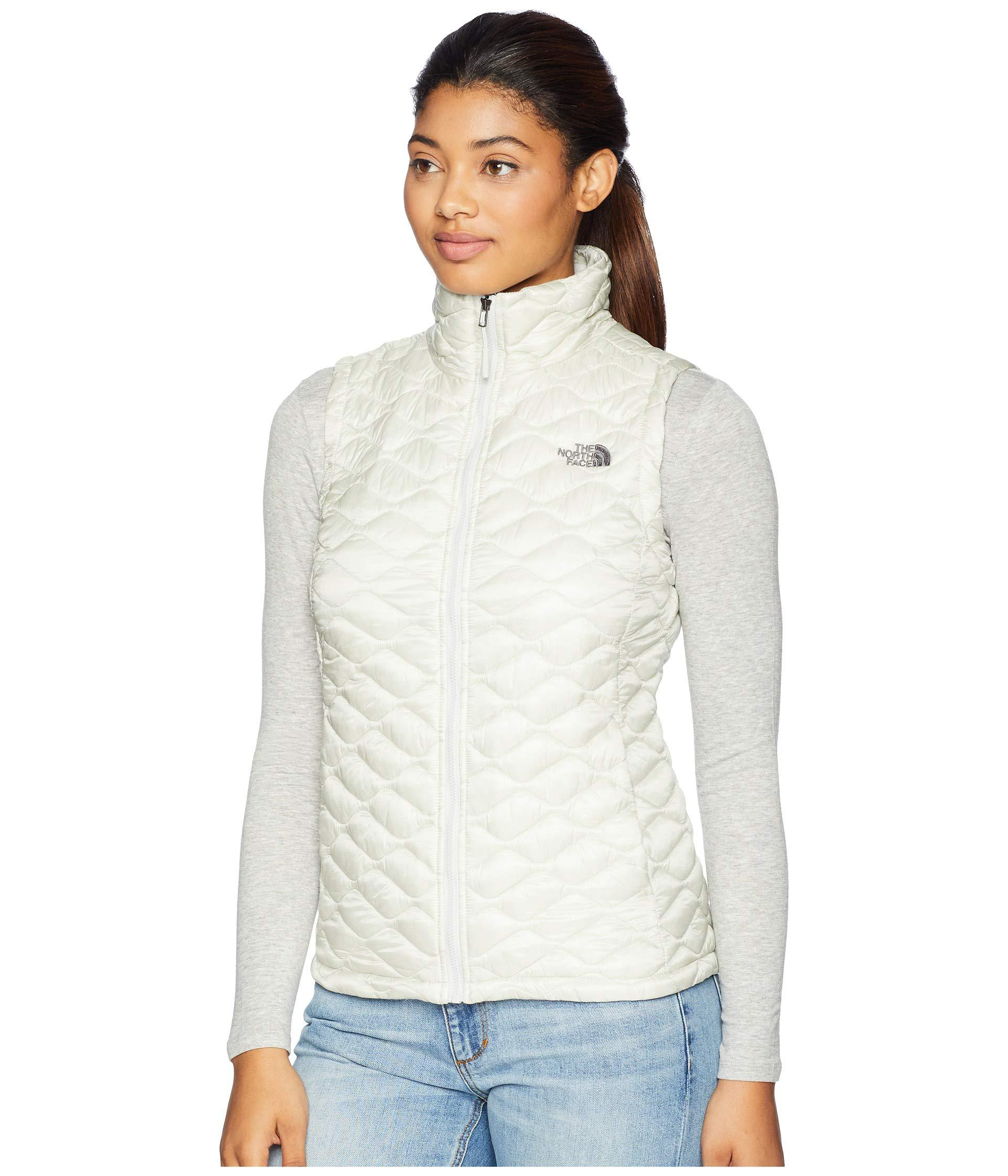 b8bf4a115 Lyst - The North Face Thermoballtm Vest (urban Navy) Women's Vest in ...