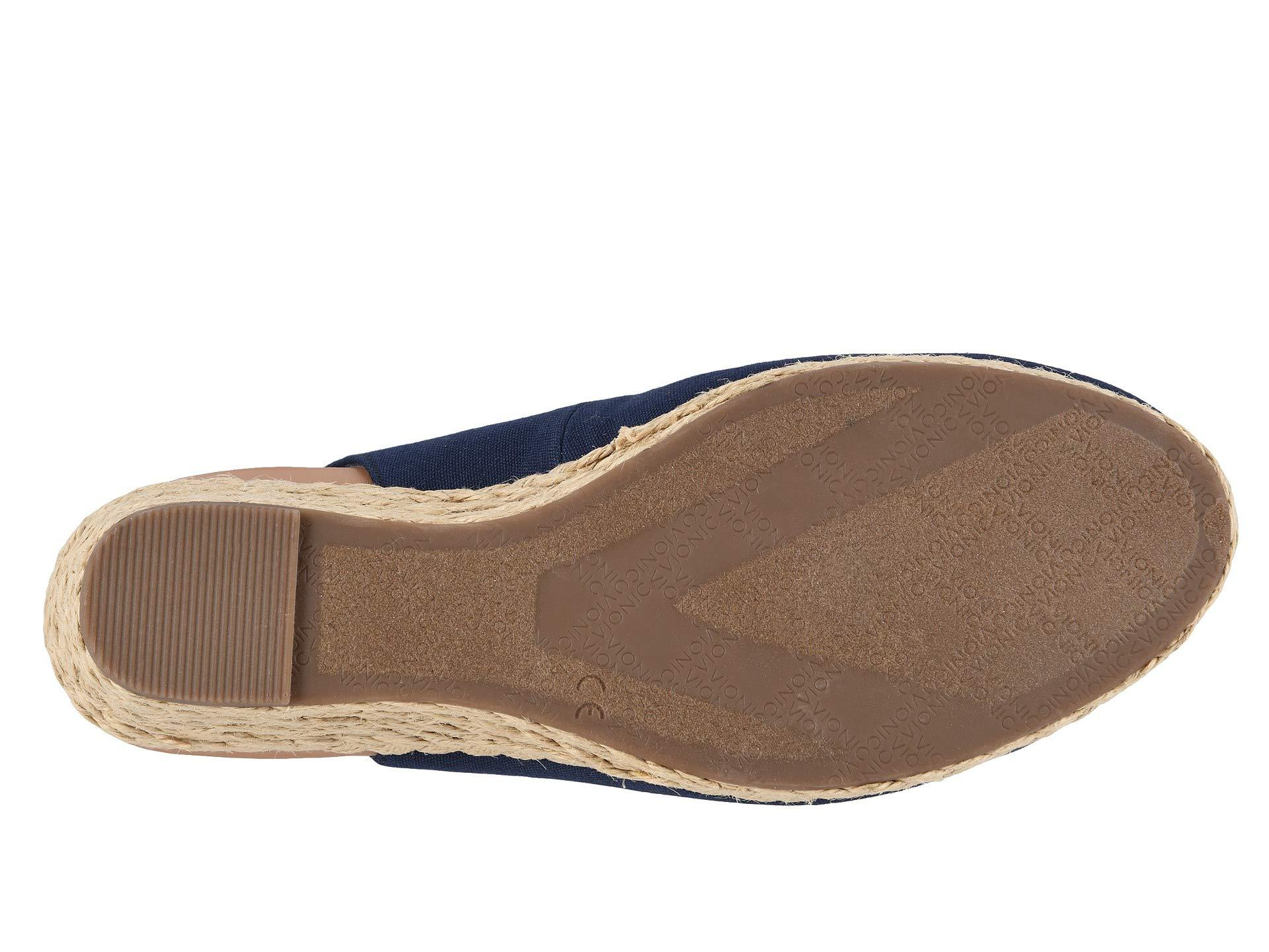 90355ab5829 Vionic Coralina (olive) Women's Wedge Shoes in Blue - Lyst