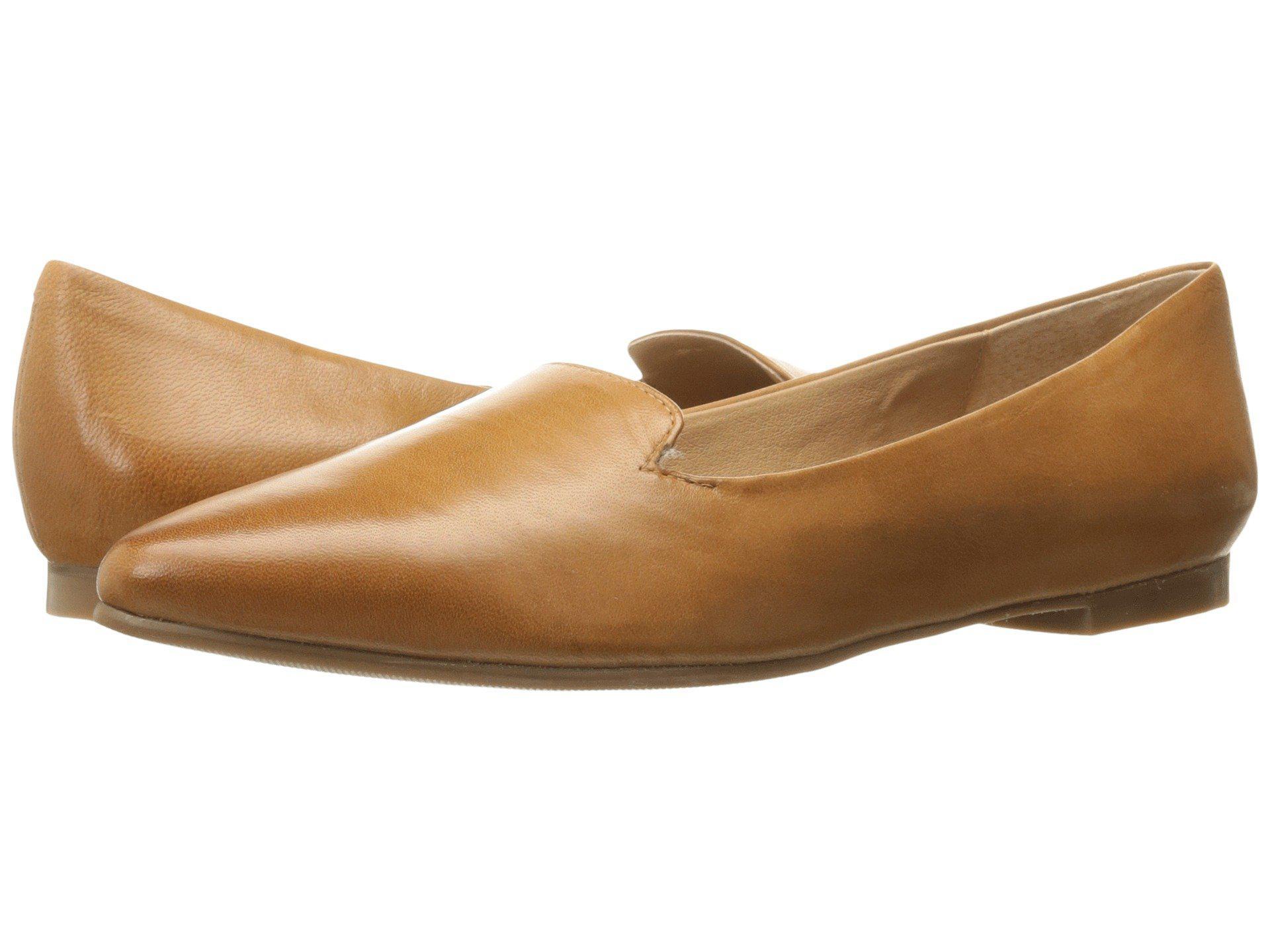 66ec9d85233 Lyst - Trotters Harlowe (Luggage) Women s Flat Shoes